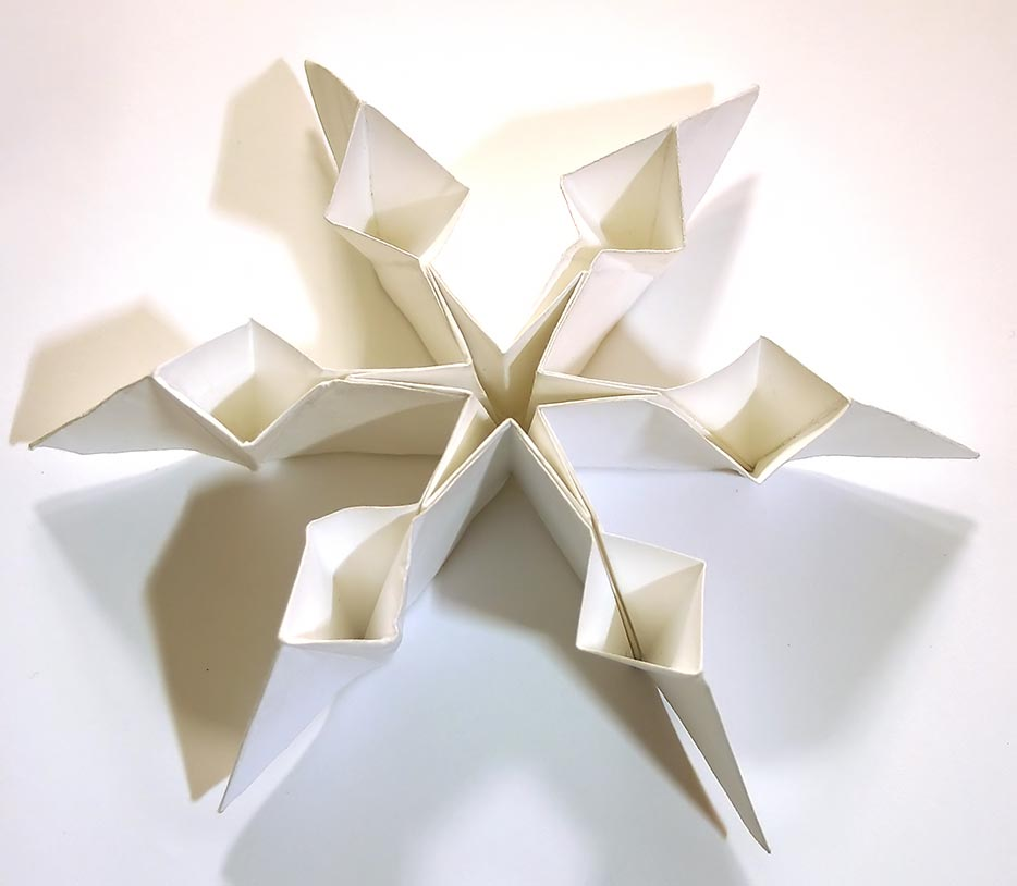 scifuns christmas card snowflakes
